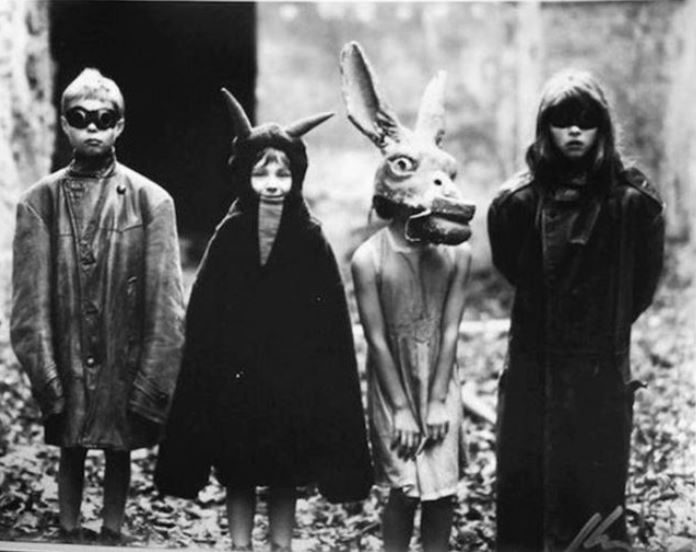 Your great-grandparents had better Trick-or-Treat game than you. Although, admittedly, the chilling effect achieved in the photo was surely unintended. Which fact makes it even scarier. Vintage photo via wearekoalasvintage.com, which features exceptionally nice vintage menswear.
